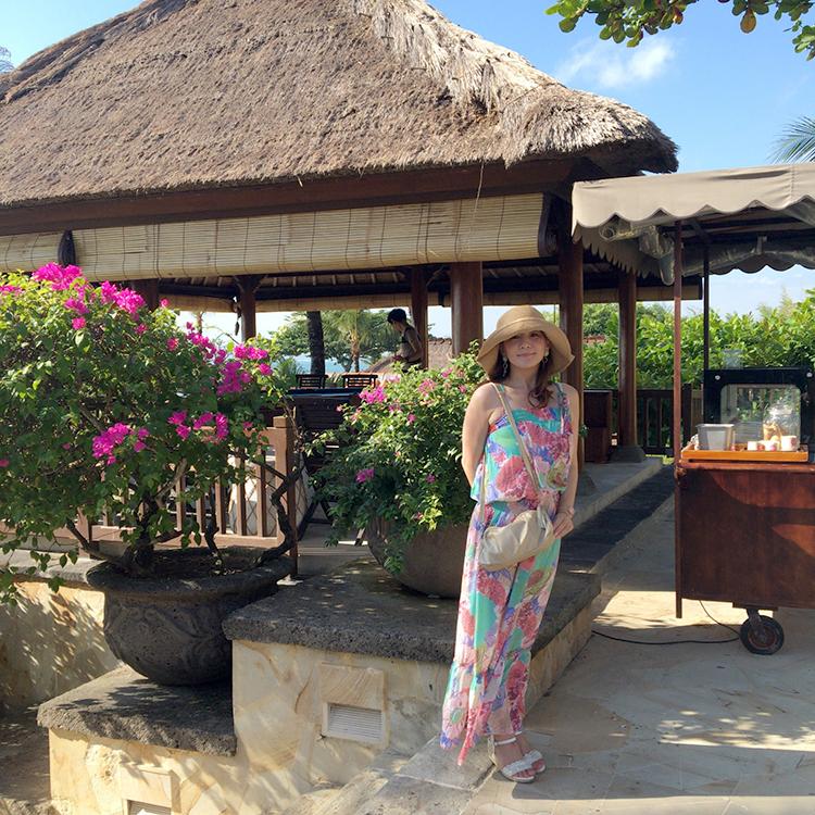 バリ島では、レザーコレクション シェル 2wayミニショルダーバッグが、貴重品入れとして、大活躍でした。
