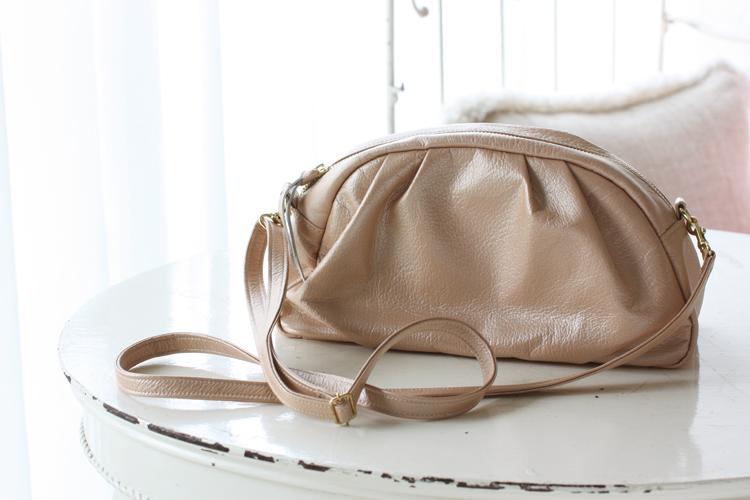 ママバッグ、ダブル持ちのための革のポシェット