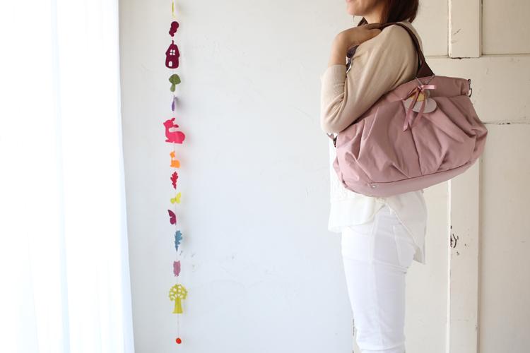 マザーズバッグのリュクス ミスティピンクのMサイズが、発売されました!