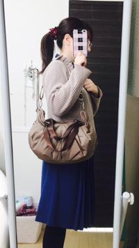 フェミニン、ガーリーな雰囲気のママバッグ ななめがけ
