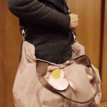 女性らしい色味で理想的なマザーズバッグ