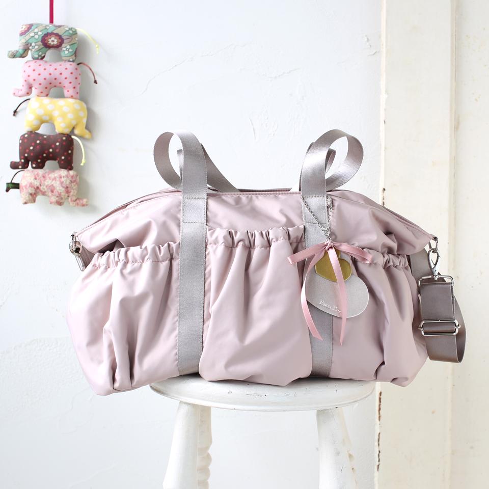 2人分でも大丈夫、いちばん大きなピンクのママバッグ