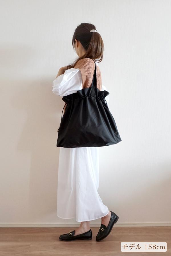 キチンと感があるので近場にはメインバッグとしても使えるエコバッグ(肩掛け)モデル身長158cm